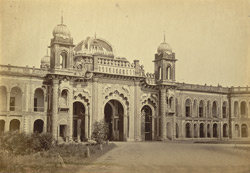 Gate of Kaiser Bagh [Lucknow].